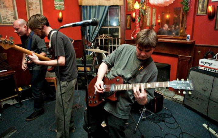 Testaverde at The Circle Bar, New Orleans 11/27/10  photo by Ed Menashy