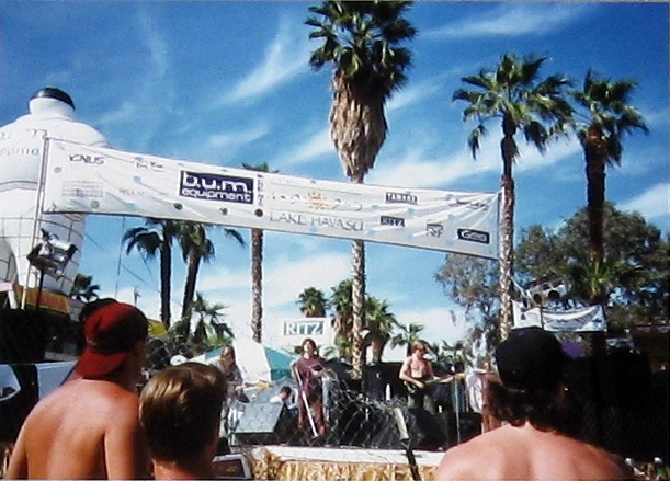 Loungefly performing at spring break, Lake Havasu AZ